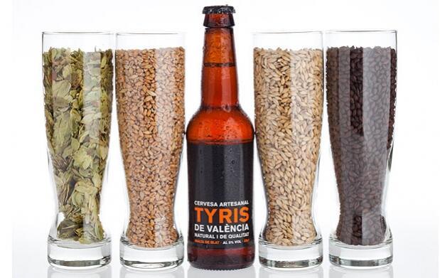 Visita, cata y picoteo en Cervezas Tyris