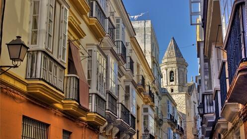 ¡Vive el Carnaval de Cádiz! 4 noches y 5 días en la ciudad