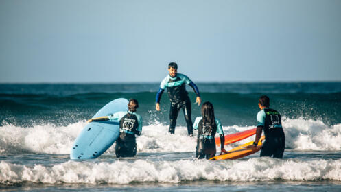 Curso de surf + Alojamiento y desayuno